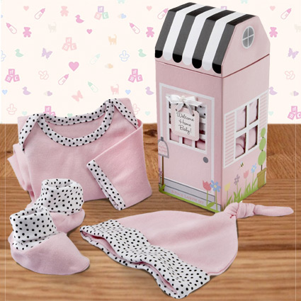Baby Girl Comes Home Layette Set