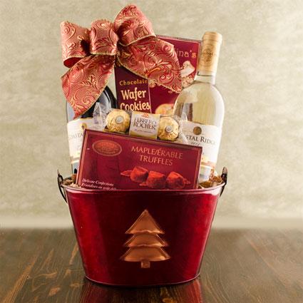 Christmas Tree Wine Duo Gift Basket