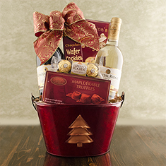 Christmas Tree Wine Duo Gift Basket