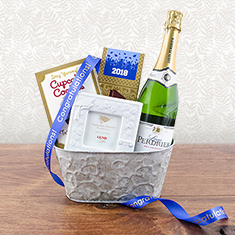 Great Graduate Champagne Gift Basket