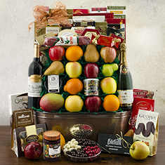 King's Ransom Red Wine, Fruit & Gourmet Gift Basket