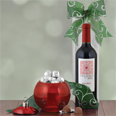 Marvelous Malbec & Ornament Gift Set