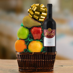 Merlot & Fresh Fruit Gift Basket
