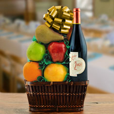 Petite Sirah Red Wine & Fresh Fruit Gift Basket