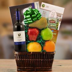 Passover Shiraz, Chocolate & Fresh Fruit Gift Basket