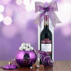 Shimmering Shiraz & Ornament Gift Set