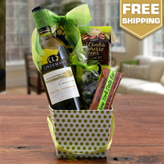White Wine Delight Gift Basket